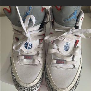 Jordan Blue and White Shoes sz 6.5y